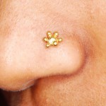 nose_piercing_gold_stud1